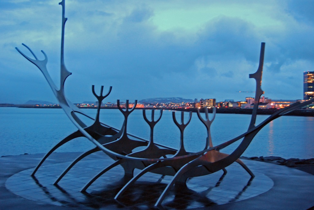 An early morning visit to Jon Gunnar Arnason´s piece of art The Viking Ship was a great way to finish off a tour of Iceland. It is located in the harbor area of the capital and is a stunningly beautiful piece.